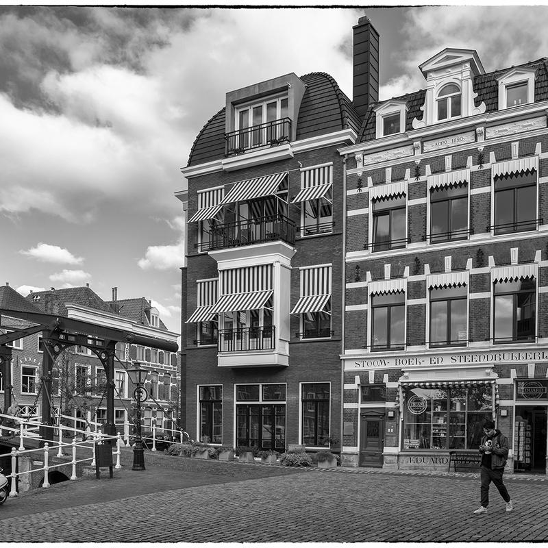<strong>~Hooglands Kerkgracht~</strong>